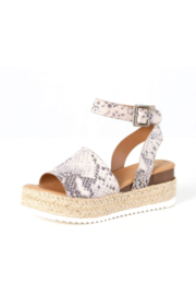 Soda Topic Sandal - Front cropped