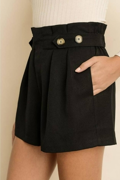 dress forum Tortoise Button Short - Alternate List Image