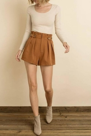 dress forum Tortoise Button Short - Front cropped