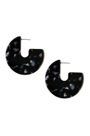 Riah Fashion Tortoise-Disc Post Earring - Product Mini Image