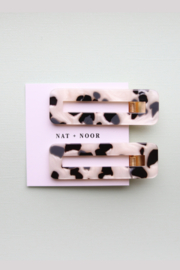 Nat + Noor Tortoise Duo Hair Clips - Front cropped