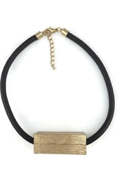 Touch of Style Short Pendant Necklace - Front cropped