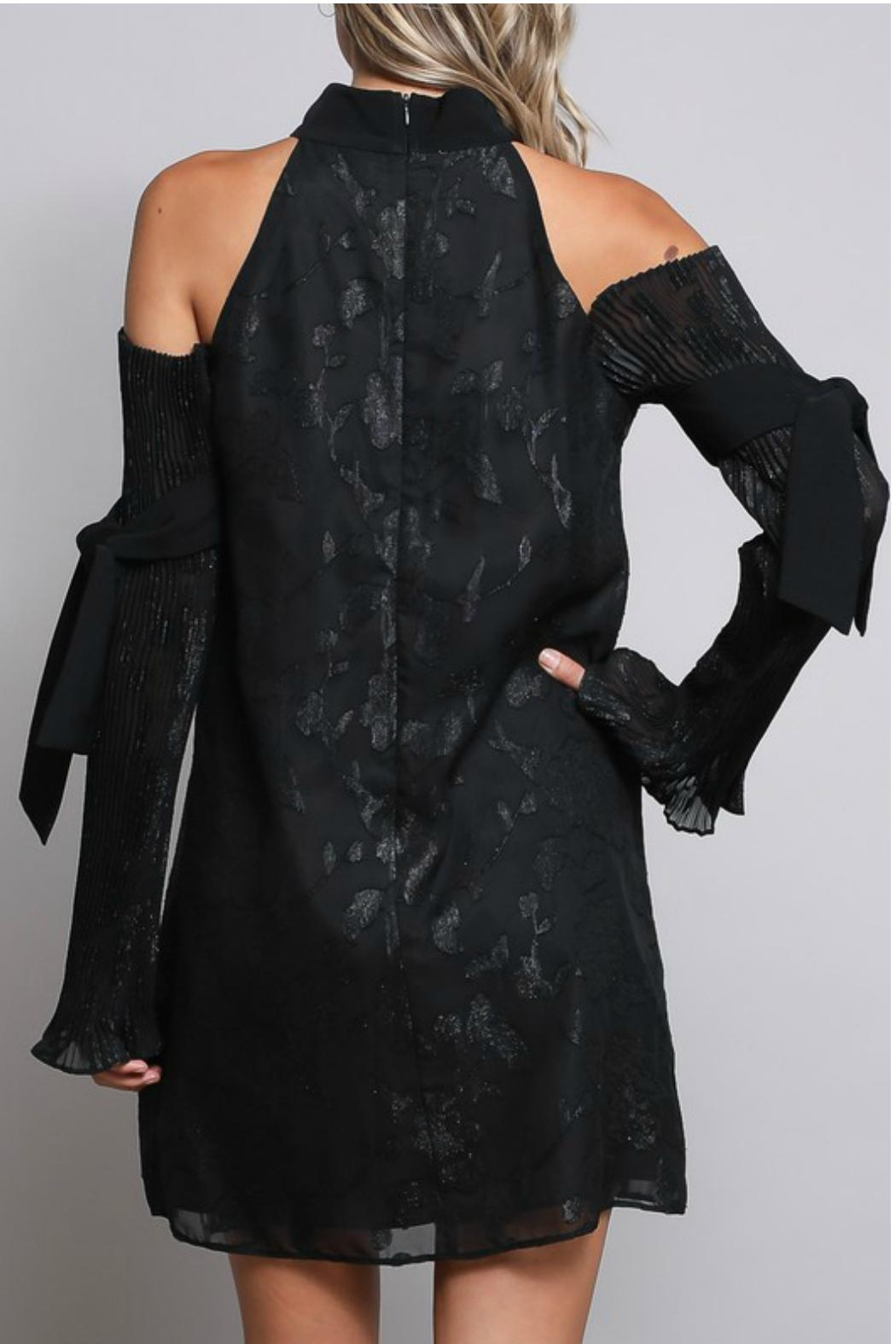 Towne Pleat Sleeve Dress - Side Cropped Image