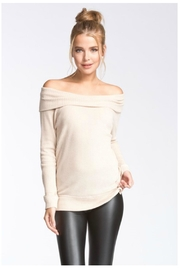 Towne Thermal Off Shoulder - Front cropped