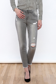 Tractr Gray Distressed Jeans - Front cropped