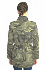 Tractr Blu Camo Jacket - Side cropped
