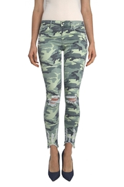Tractr Blu Distressed Camo Jean - Front cropped