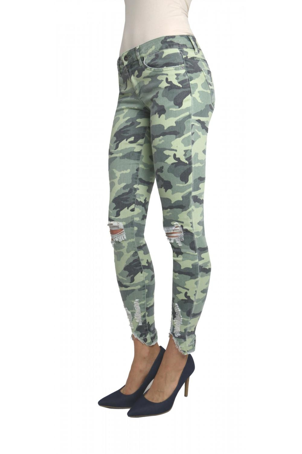 Tractr Blu Distressed Camo Jean - Front Full Image
