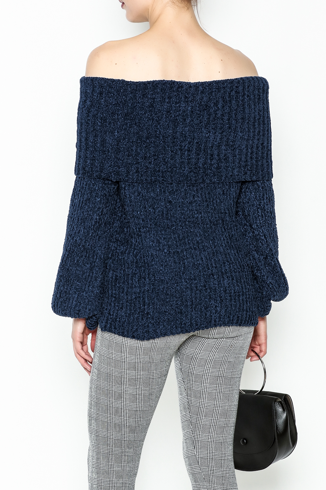 Trend:notes Chenille Crop Sweater - Back Cropped Image