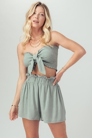Trend:notes Cope Pocketed Shorts - Front full body