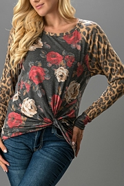 Trend:notes Floral/leopard Print Top - Front cropped