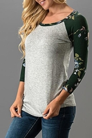 Trend:notes Floral Raglan Tee - Front cropped