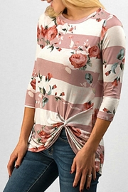 Trend:notes Mary Knot Tee - Front full body