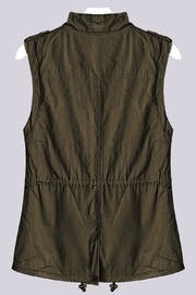 Trend:notes Olive Faux-Fur Vest - Front full body