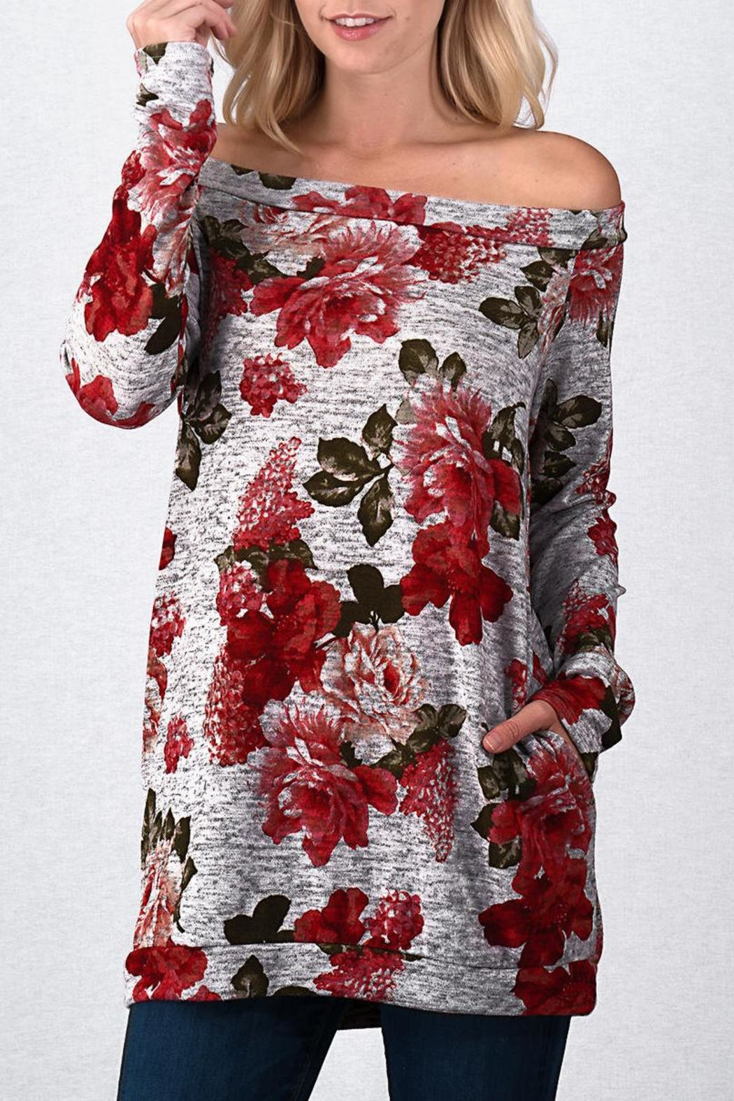 Trend:notes Roses Off Shoulder - Back Cropped Image