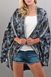 Trend:notes Starry Night Kimono - Front cropped