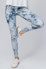trend notes Tie Dye Leggings - Front full body