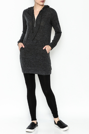 Tresics Long Hoodie - Side cropped