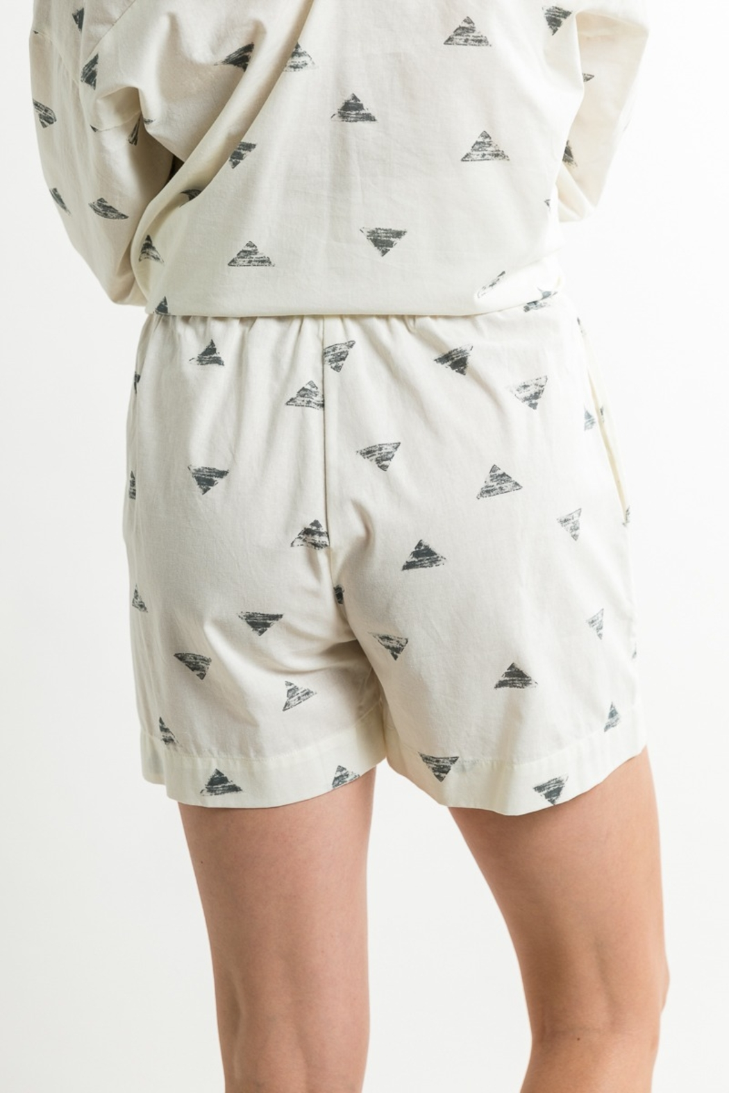 Grade & Gather  Triangle Print Shorts - Side Cropped Image