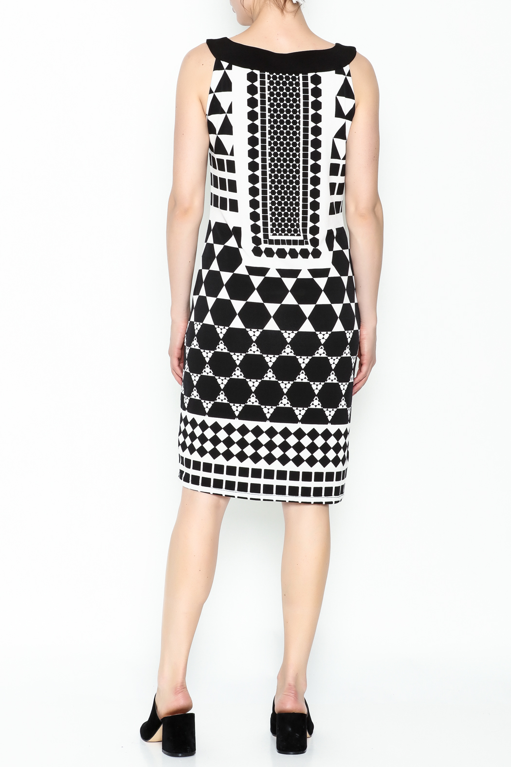 Tribal Printed Black Beauty Dress - Back Cropped Image