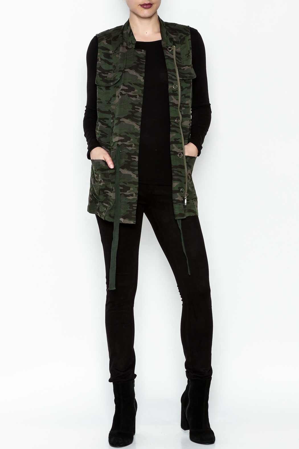 Tribal Jeans Camo Vest - Side Cropped Image