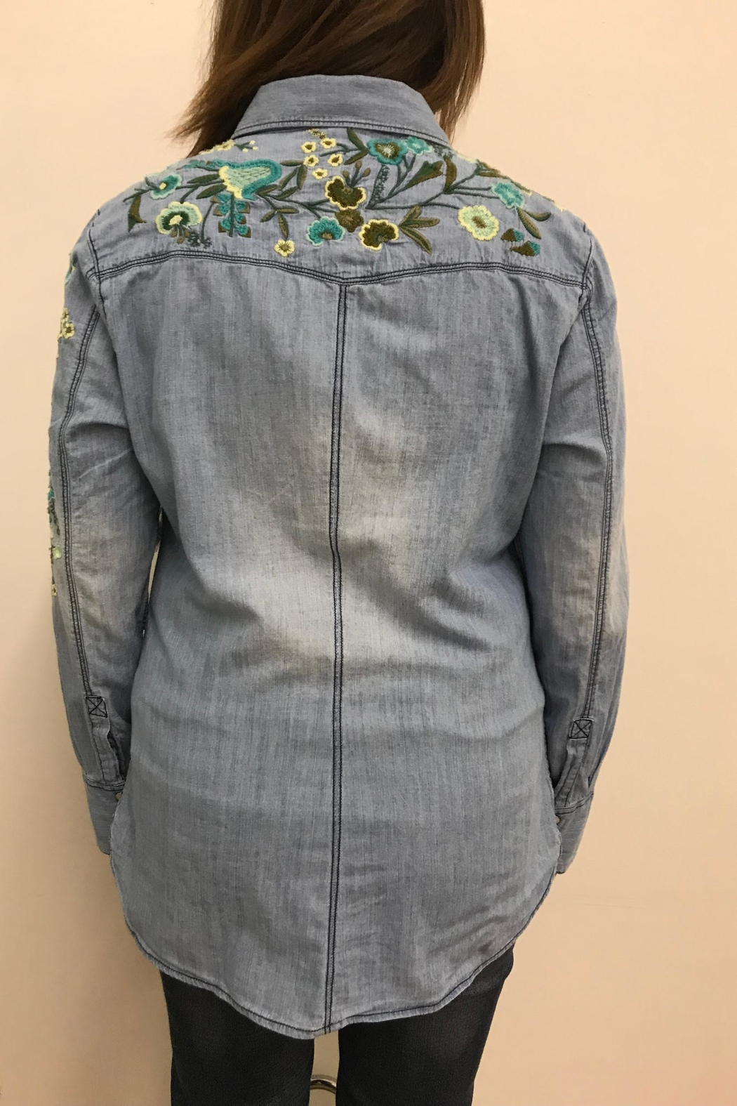 Tribal Jeans Embroidered Denim Shirt - Side Cropped Image