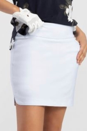Tribal Jeans White Pull On Skort - Front cropped