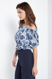 Soprano Tropical Blues Top - Front full body