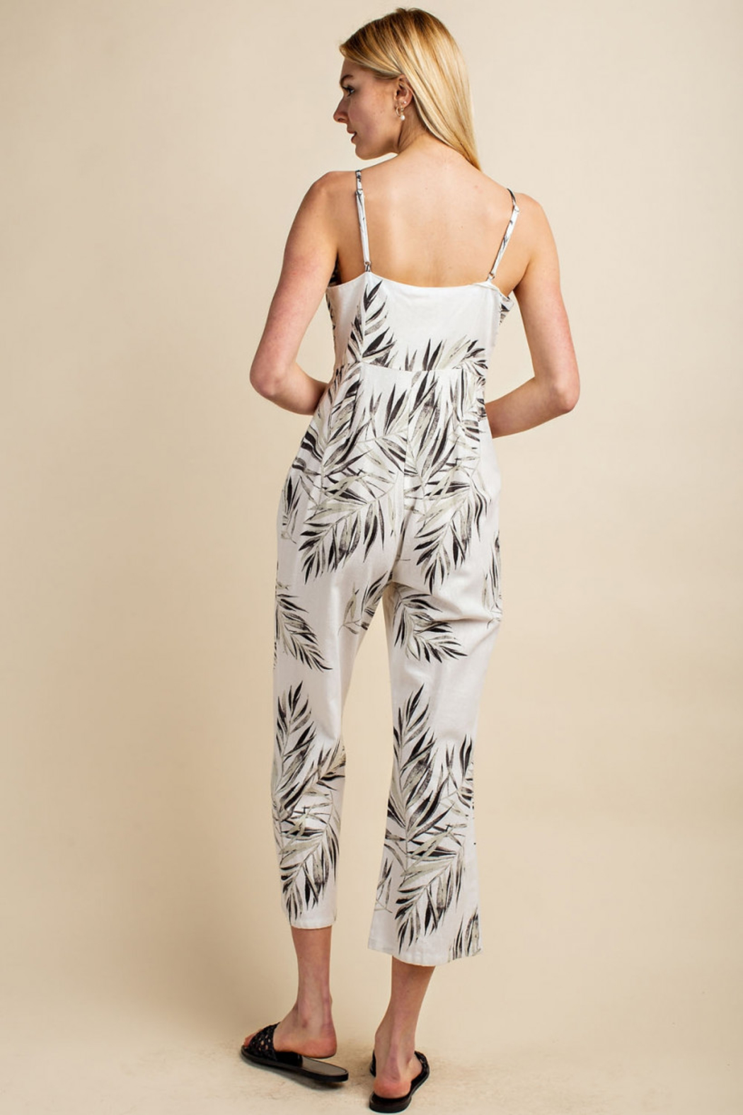 Gilli  Tropical Jumpsuit - Back Cropped Image