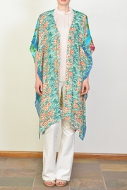 Arratta Tropical Kimono - Front full body