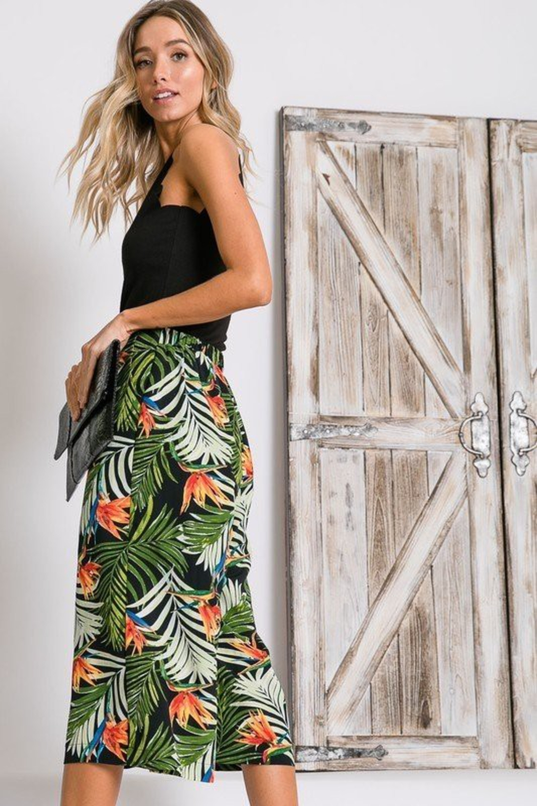 R+D  Tropical Palm Cropped Pant - Back Cropped Image