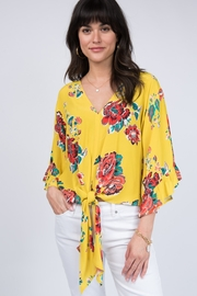 Ivy Jane Tropical Paradize Top - Product Mini Image