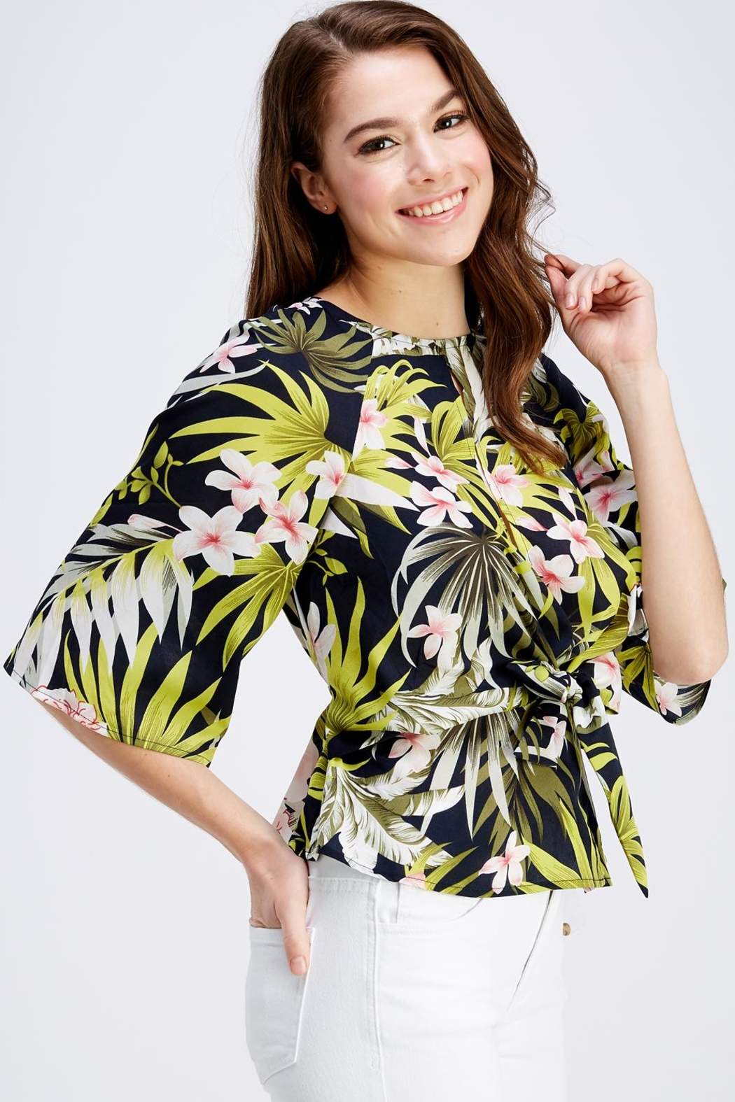 Love Encounter Tropical Print Blouse - Front Full Image