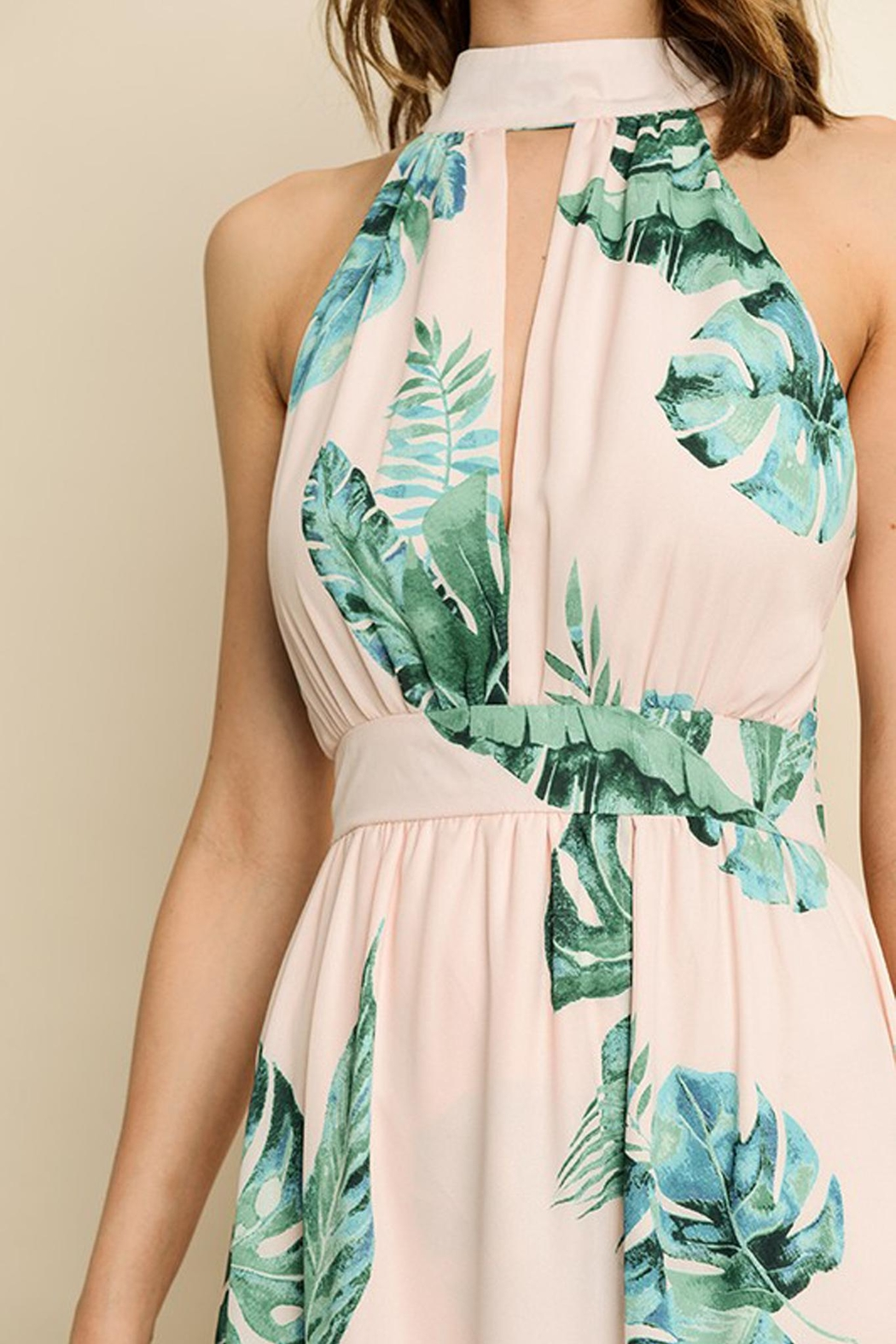 dress forum Tropical Print Maxi - Side Cropped Image