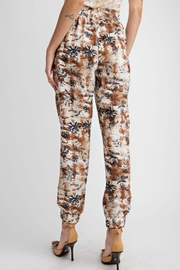 easel Tropical Print Pant - Back cropped