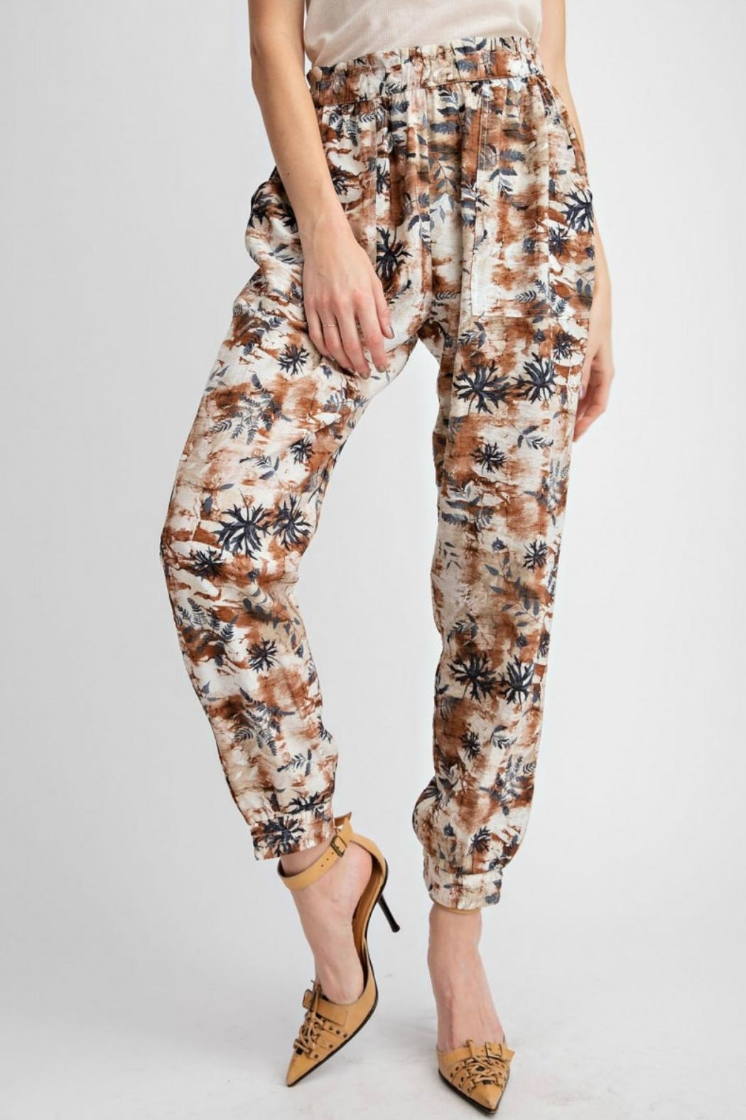 easel Tropical Print Pant - Side Cropped Image