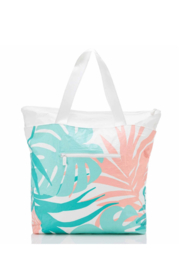 Aloha Collection Tropics Day Tripper - Back cropped
