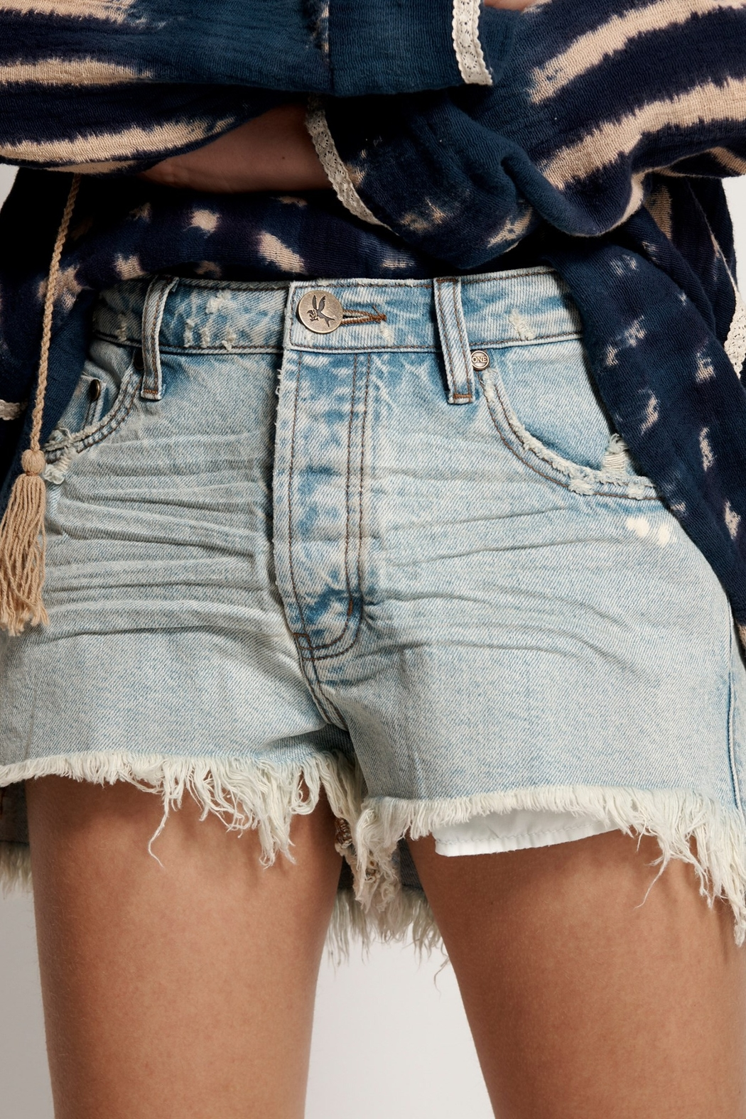 One Teapoon Kansas Trucker Shorts - Side Cropped Image