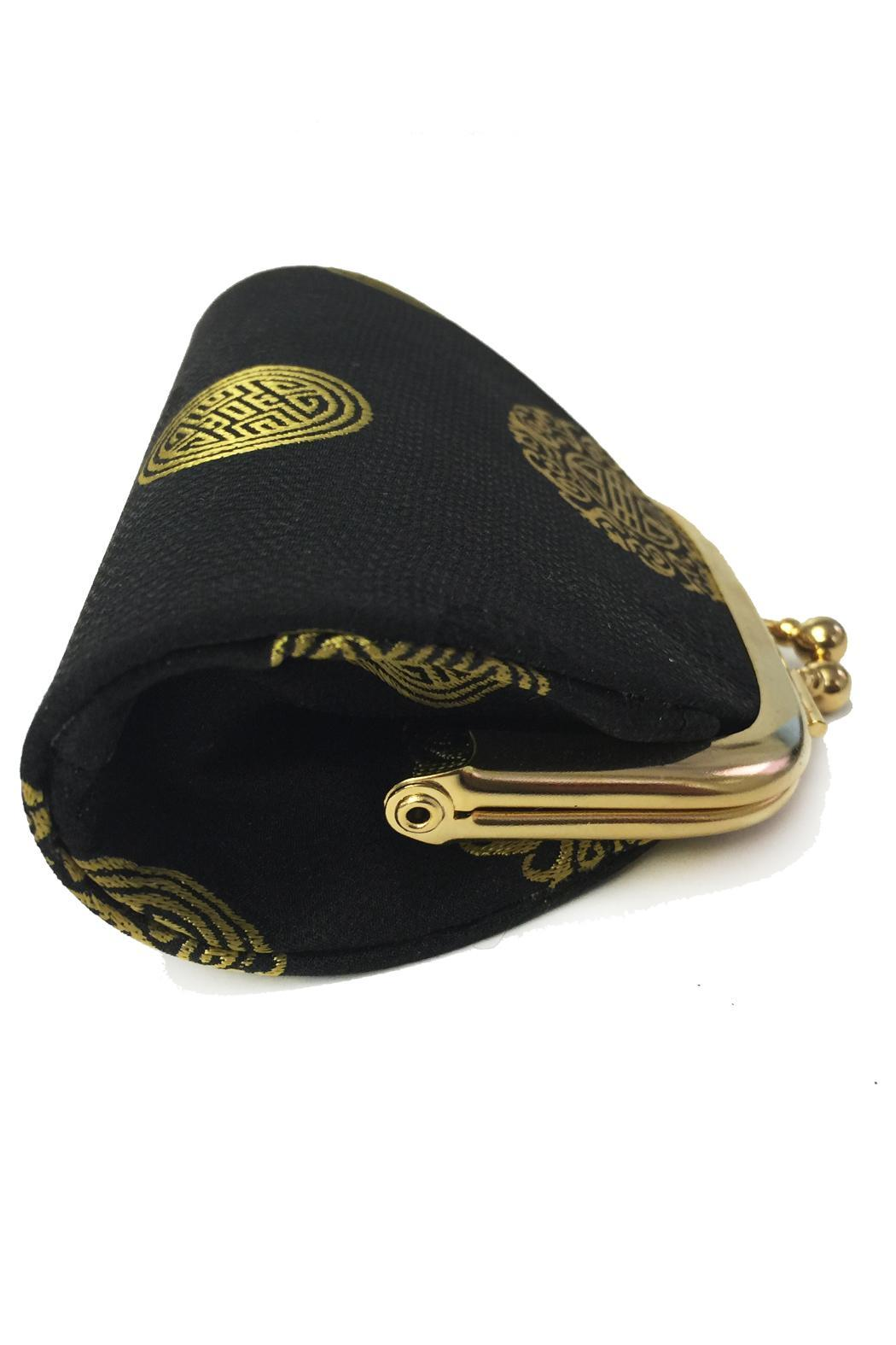 tu-anh Medallion Coin Purse - Front Full Image