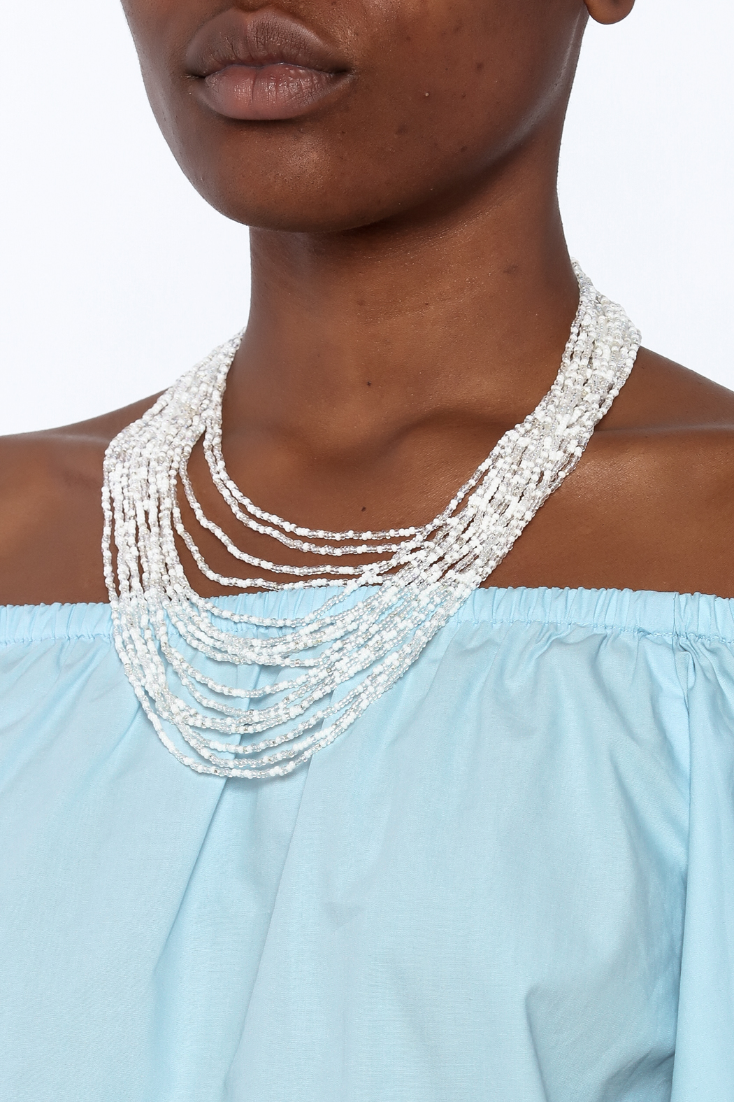 tu-anh Opaque White Glass Necklace - Back Cropped Image