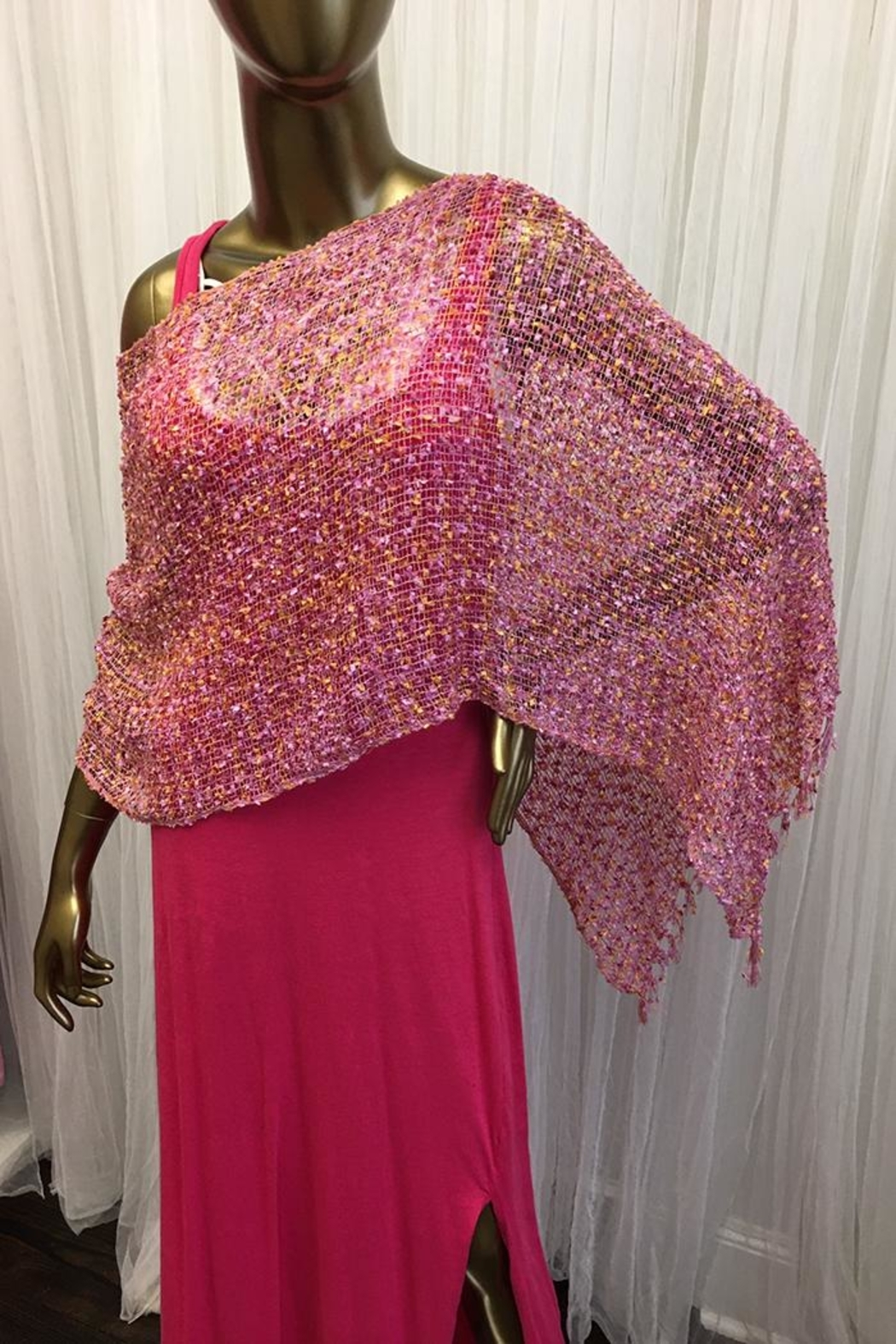 tu-anh boutique Pink Poncho Woven - Main Image