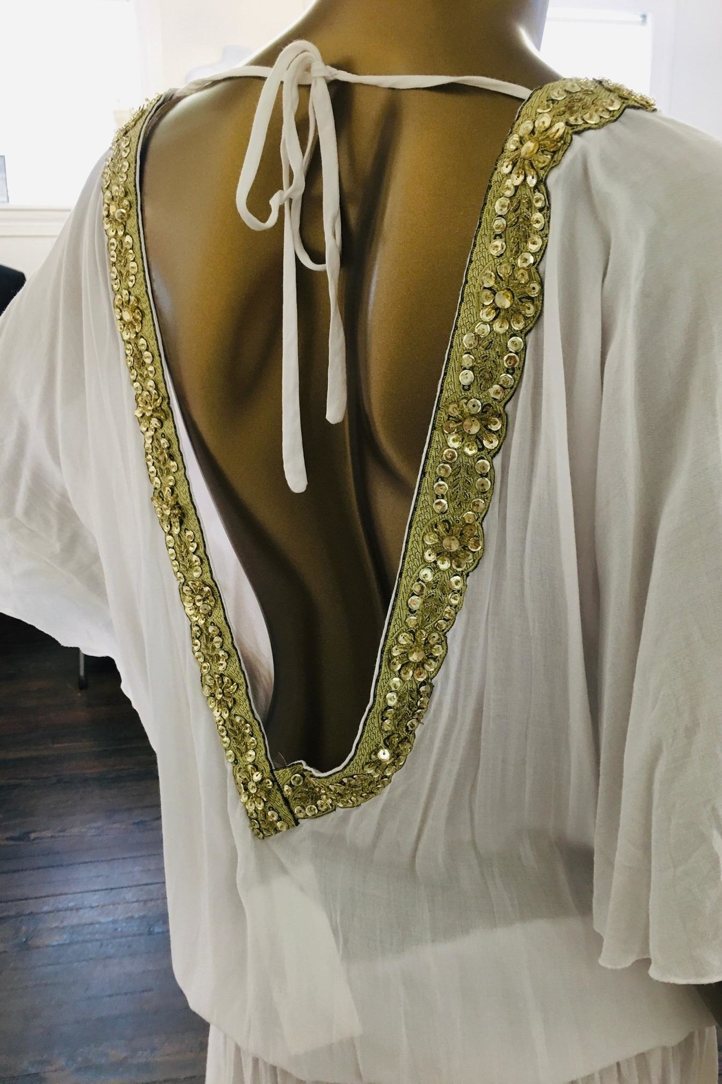 tu-anh boutique White Rayon Open Back Top With Gold Trim - Front Full Image