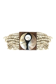 tu-anh boutique Wooden Pearl Bracelets - Front cropped