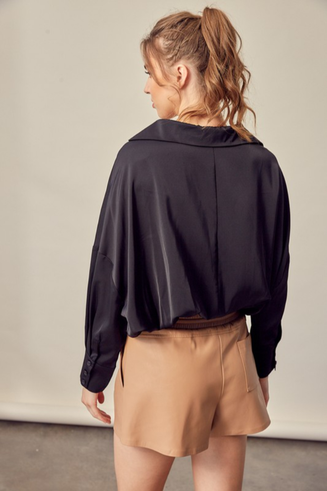 Mustard Seed Tucked Bottom Shirt - Side Cropped Image