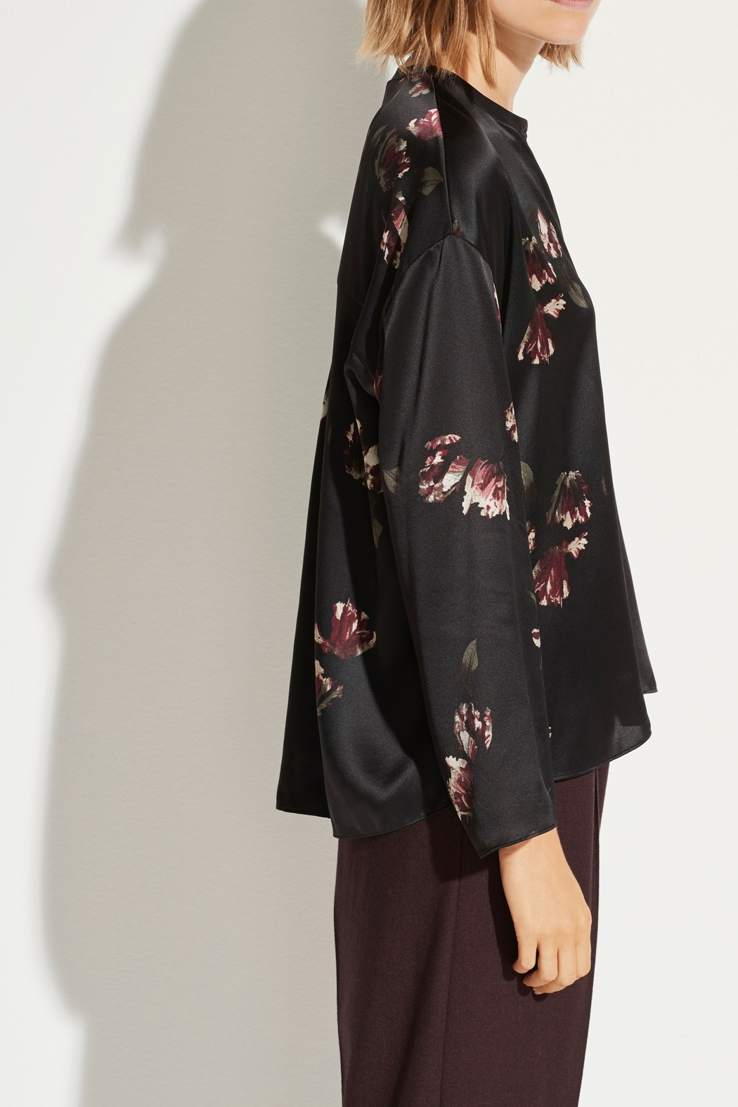 Vince Tulip Print Blouse - Side Cropped Image