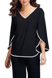 Frank Lyman Tulip Sleeve Top - Front cropped