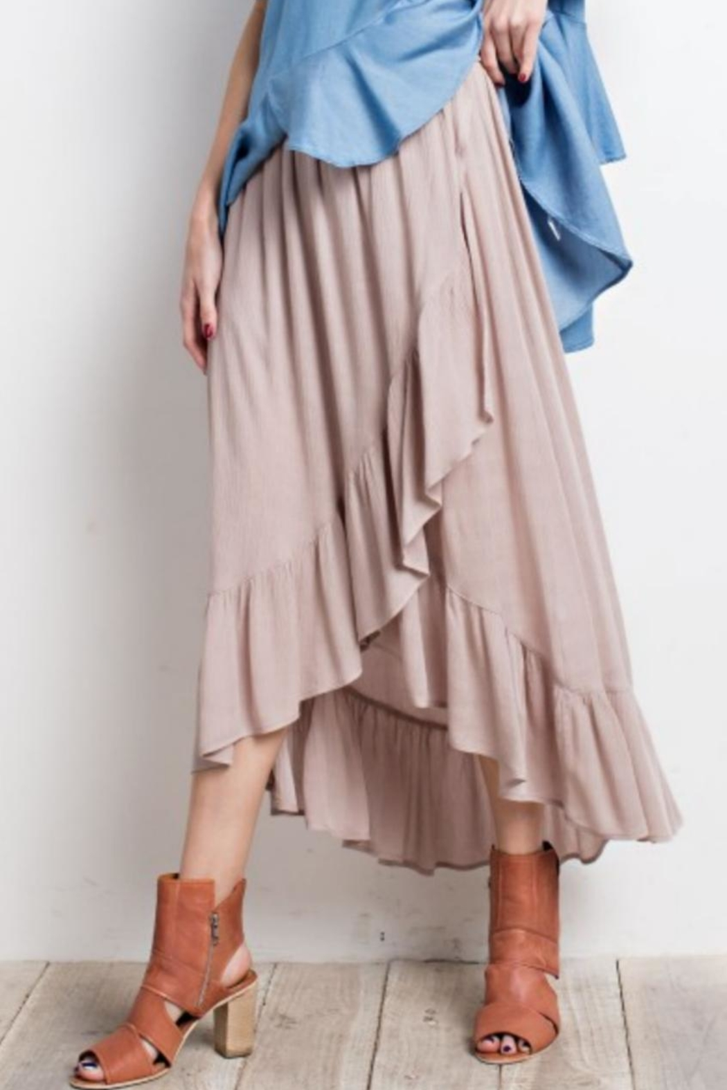 easel Tulip Wrap Skirt - Side Cropped Image