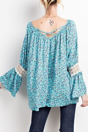 easel Turquoise-Blue Floral-Print Blouse - Side cropped