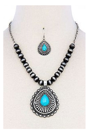KIMBALS Turquoise Chunky Necklace Set - Front cropped