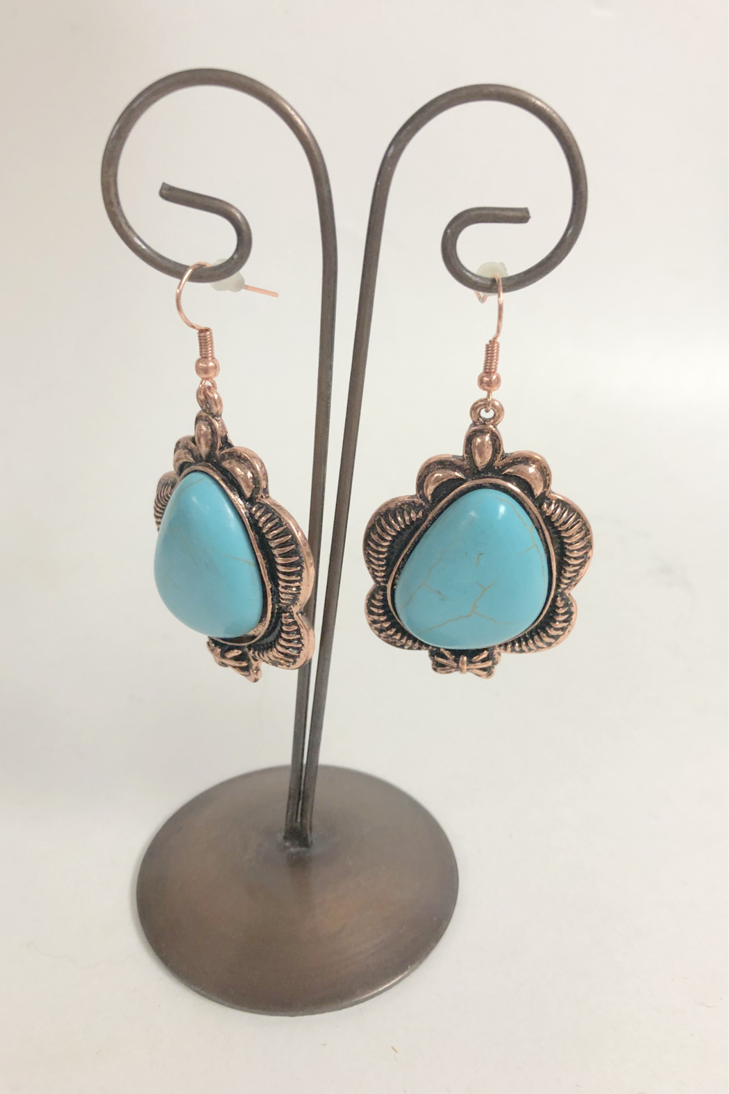 Cindy smith Turquoise Necklace and Earring Set - Back Cropped Image